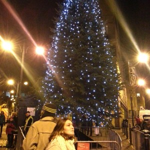 Tollcross Christmas lights switch on